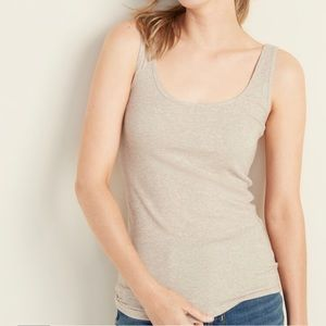 ✨NWT✨ First Layer Fitted Tank Old Navy